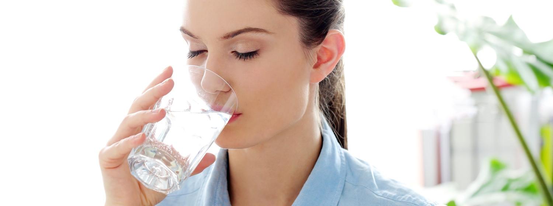 Sucho v ústach a jeho príčiny: ako sa tohto nepríjemného pocitu zbaviť?